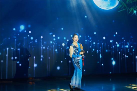 5.葫芦丝独奏:《月光下的凤尾竹》 50中支部 姜燕